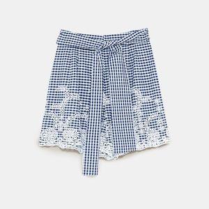 NWT Zara SS18 M High Waist Gingham Embroide Shorts